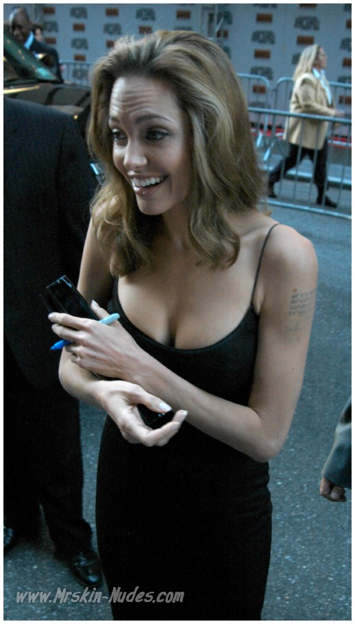 Angelina Jolie Nude Starcelebs 7