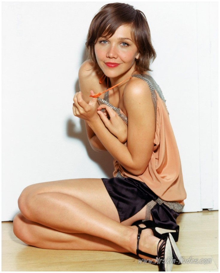 Maggie Gyllenhaal - nude and naked celebrity pictures and videos free!