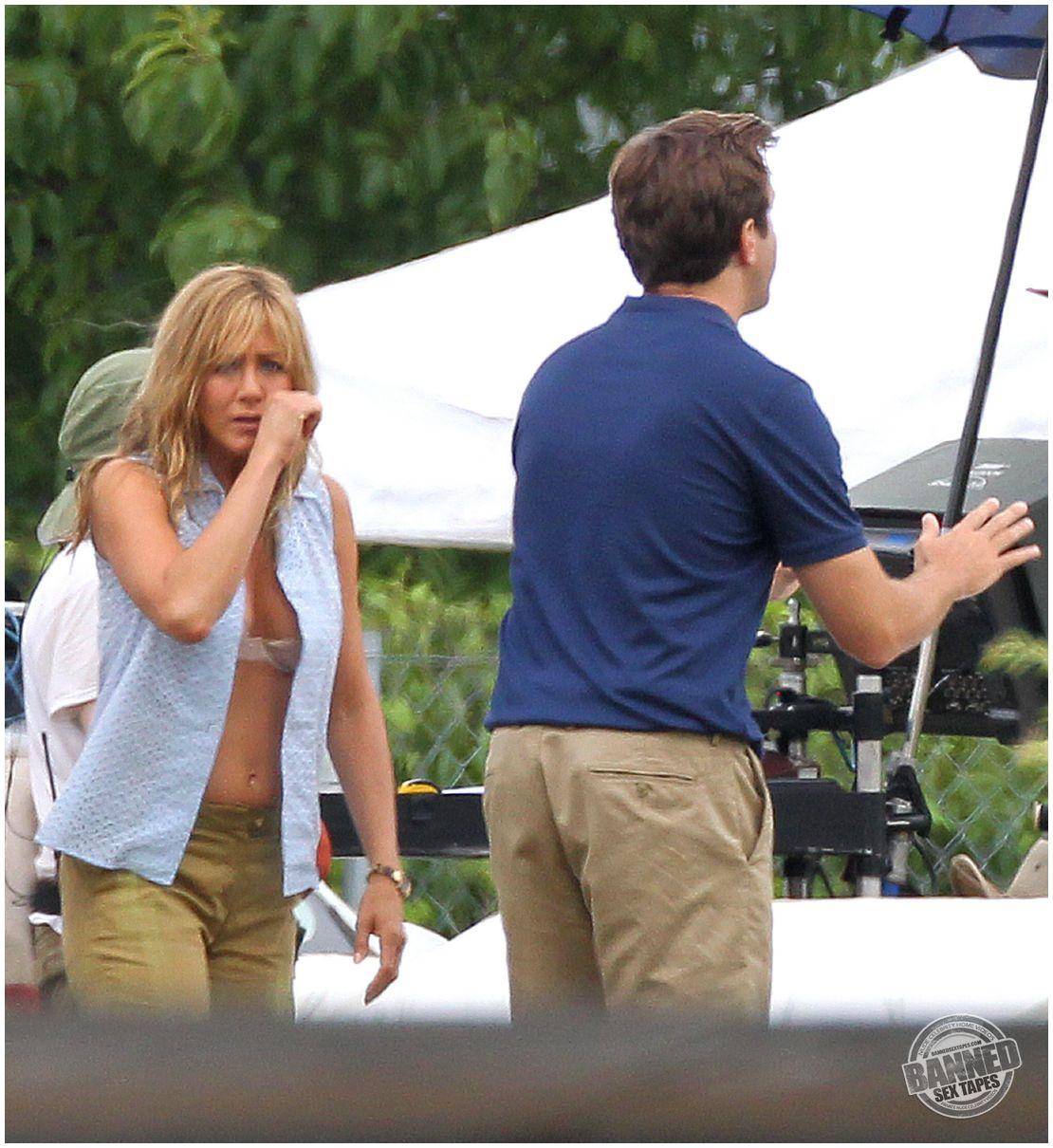 Jennifer Aniston Nude Paparazzi