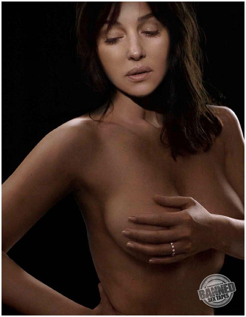 Секс с моника бенс 22 фотография