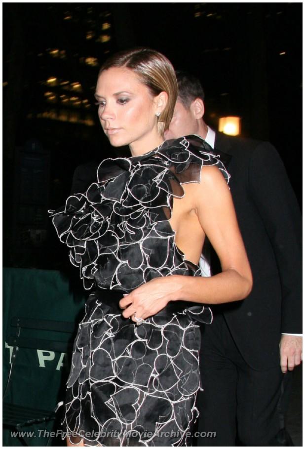 http://www.celebrityfreemoviearchive.com/stars2/victoria-beckham-boob/victoria-beckham_17.jpg