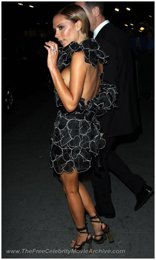http://www.celebrityfreemoviearchive.com/stars2/victoria-beckham-boob/victoria-beckham_19.jpg