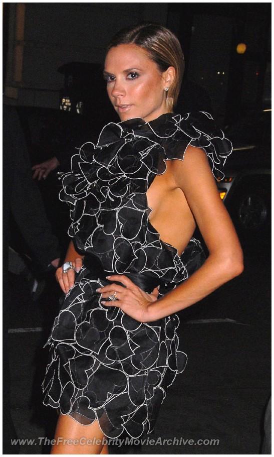 http://www.celebrityfreemoviearchive.com/stars2/victoria-beckham-boob/victoria-beckham_20.jpg