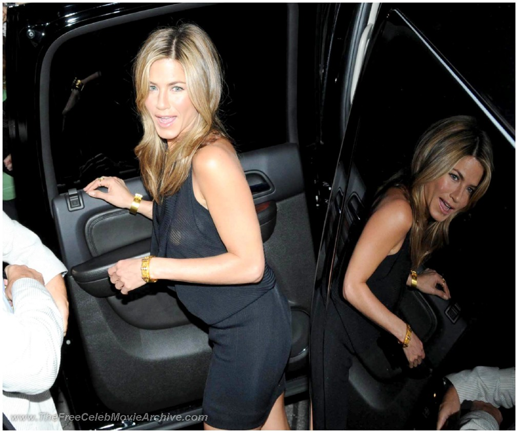 How is jennifer aniston dating 4